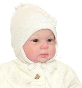 Демисезонная шапка для девочки Grans