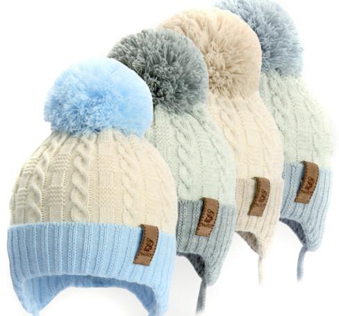 Фото Зимняя шапка Magrof Kid на изософте, Польша