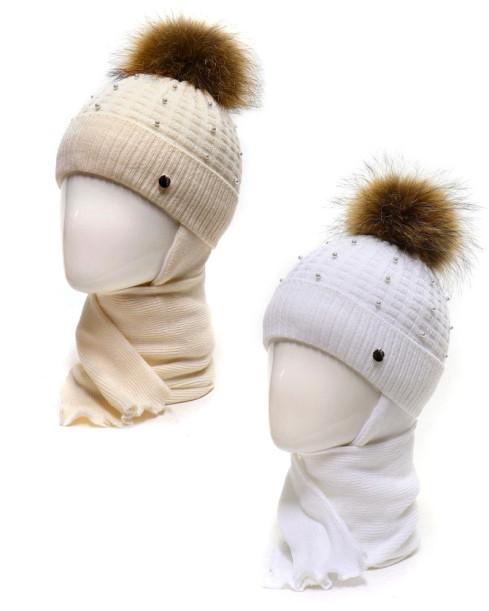 Фото Зимняя шапка с шарфом Мари Agbo