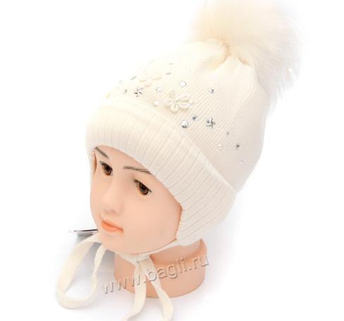Фото Зимняя шапка на изософте Diamods молочный Barbaras